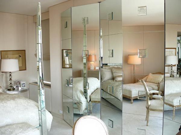 ห้องนอน กระจกเงา