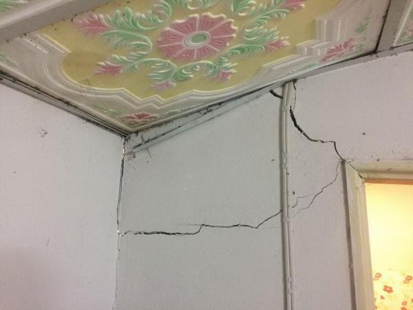 ห้องนอนมีของพังไม่เคยซ่อม