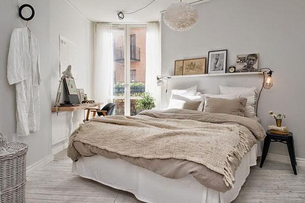 ห้องนอนใช้เตียงไร้หัวนอน