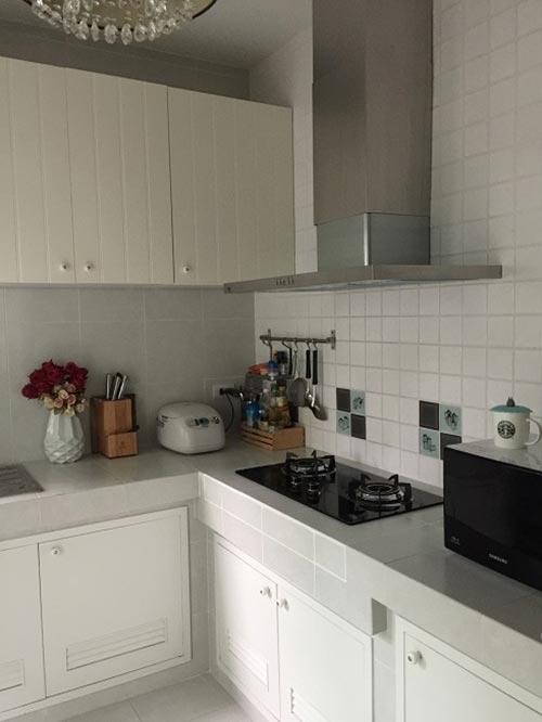 แต่งห้องครัวโทนสีขาวคลาสสิค