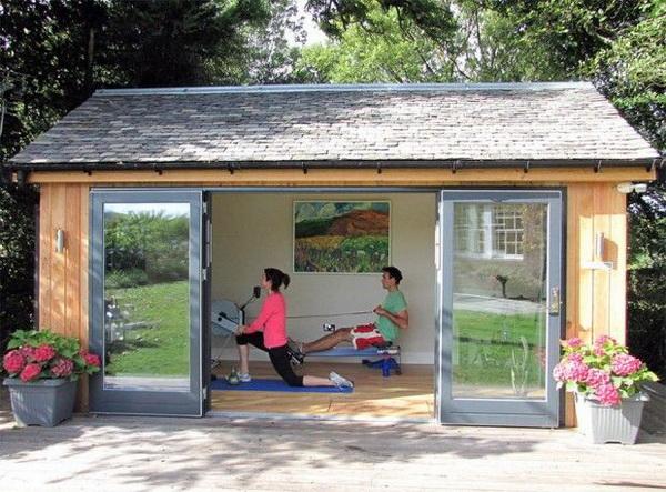 ห้องออกกำลังกายในสวน